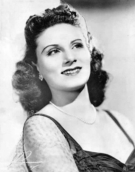 Dorothy Sarnoff